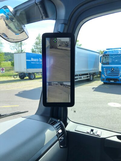 Rückspiegel - Transportfahrzeug