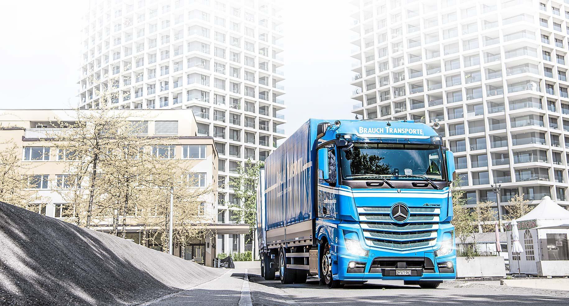 LKW liefert nach Leutschenbach